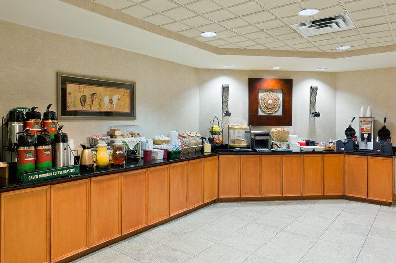 La Quinta Inn & Suites Garden City Gastronomi
