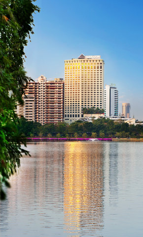 Sheraton Grande Sukhumvit, A Luxury Collection Hotel Bangkok - Exterior
