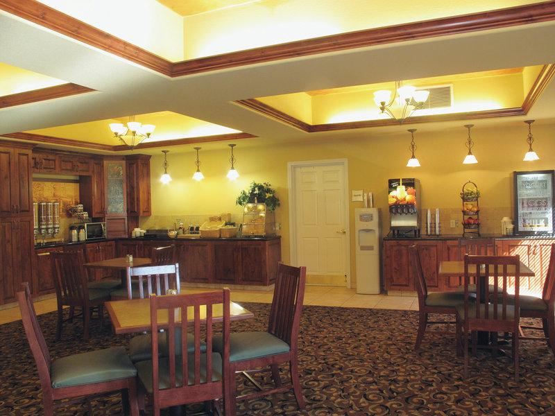 La Quinta Inn & Suites Rifle Gastronomía