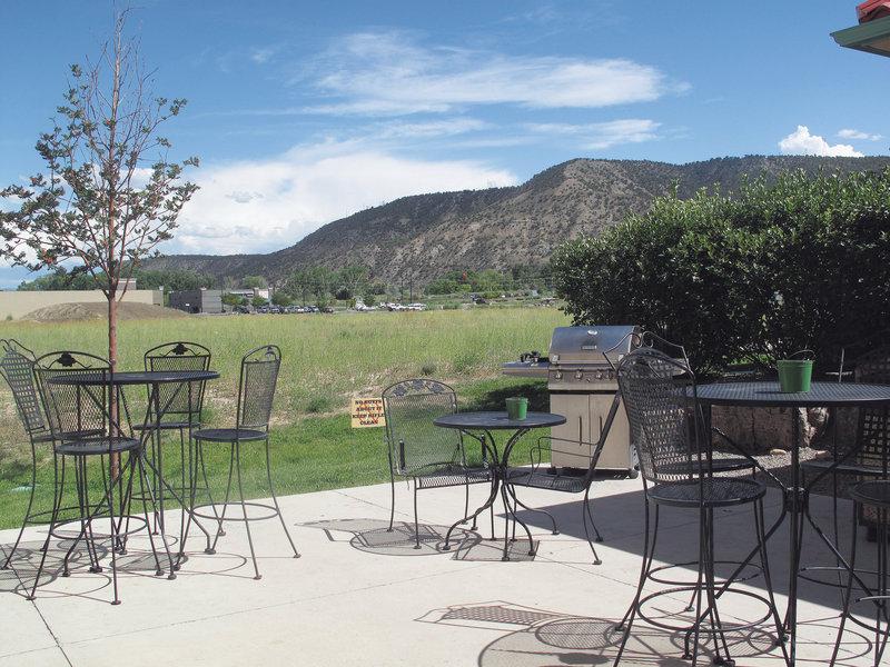 La Quinta Inn & Suites Rifle Vista exterior