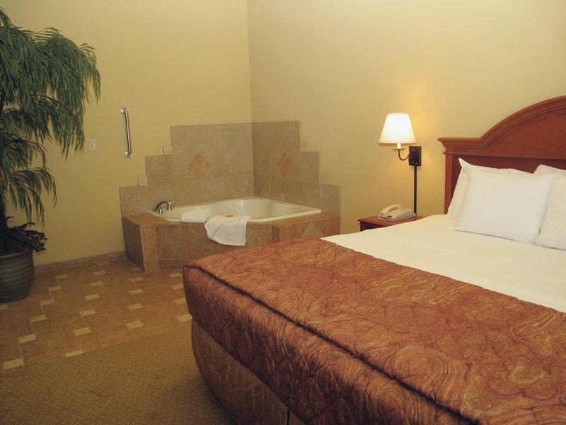 La Quinta Inn & Suites Rifle Suite