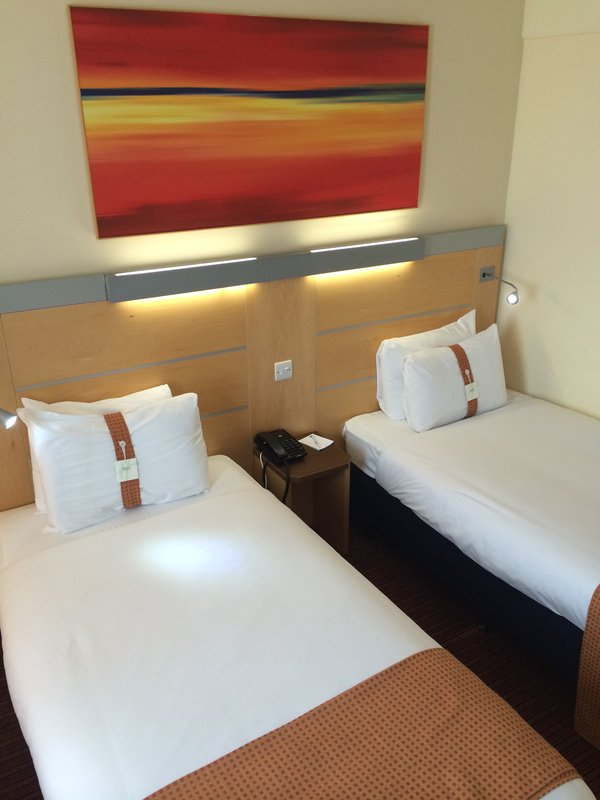 Holiday Inn Express Liverpool-John Lennon Airport Vista do quarto