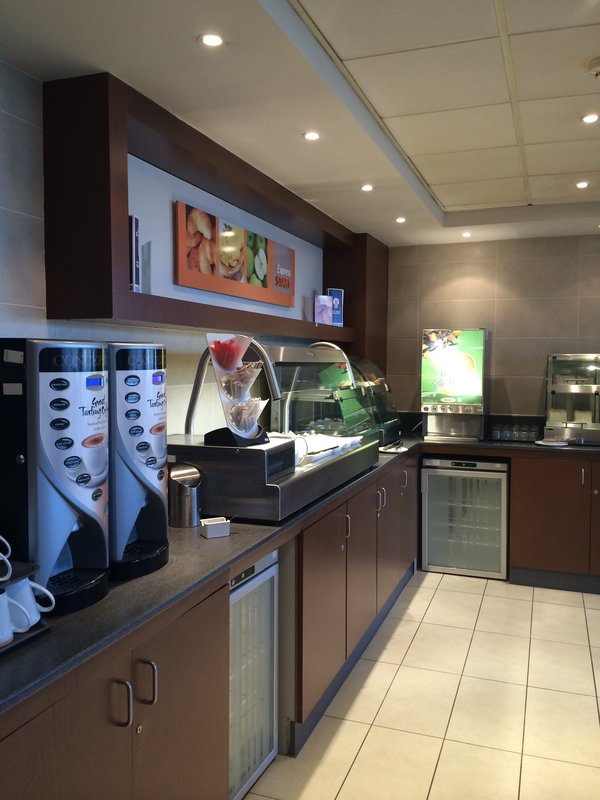 Holiday Inn Express Liverpool-John Lennon Airport Gastronomia