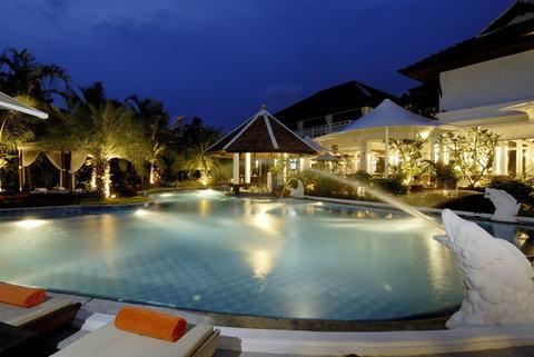 ACCESS Resort And Villas - Summer Image-Exterior