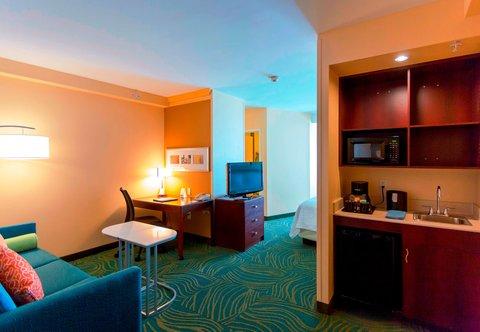 SpringHill Suites by Marriott Boston Devens Common Center - Suite - Wet Bar