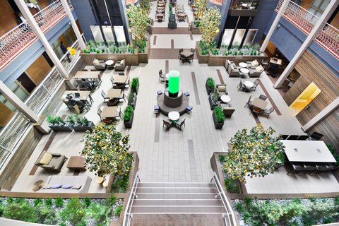 Embassy Suites Hotel-Denver Stapleton - Atrium View