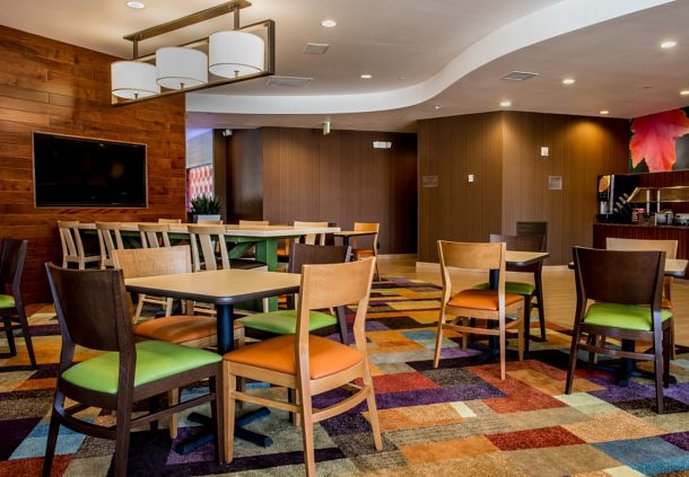 Fairfield Inn and Suites by Marriott Orlando Ocoee Gastronomie