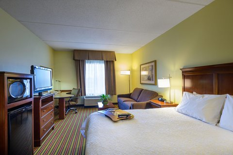 Hampton Inn - Suites Frederick-Fort Detrick - Non-Smoking King Study