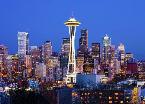 居住馆由万豪波特兰北温哥华酒店 - Seattle Space Needle And Skyline