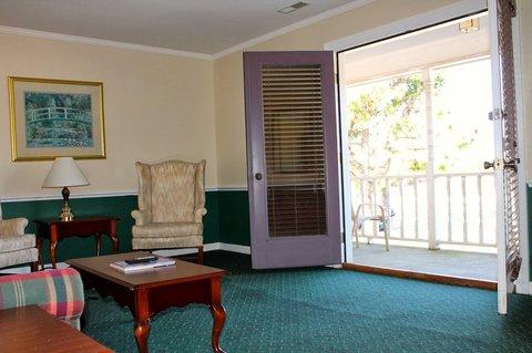 Beau Rivage Golf And Resort - New Livingroom