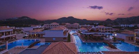 La Marquise Resort - La Marquise Swimming Pools