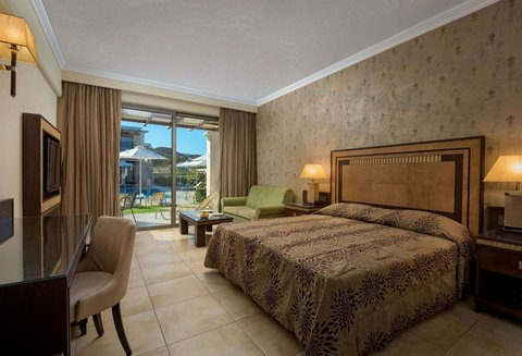La Marquise Resort - Superior Room Pool View