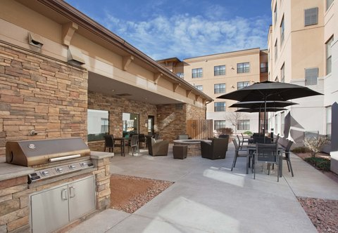 Residence Inn By Marriott Grand Junction - Outdoor Patio