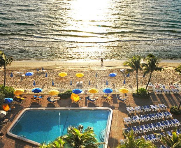 Ocean Sky Hotel and Resort プール
