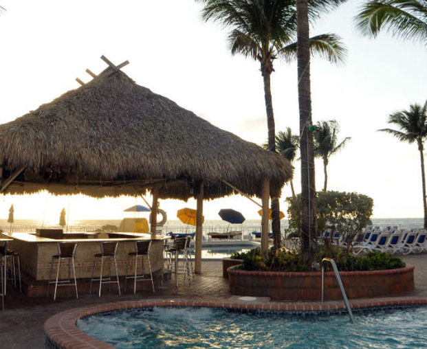 Ocean Sky Hotel and Resort 外観