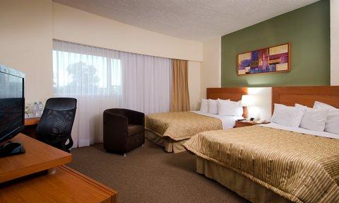 Vista Express Plaza del Sol - Hotel Arriva Express Guadalajara