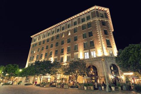 Culver Hotel - ExteriorView