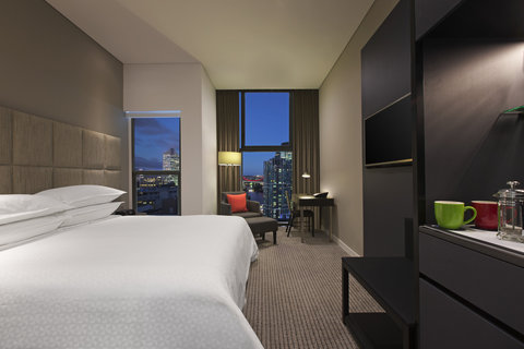 Four Points By Sheraton Brisbane Hotel - River view King Room