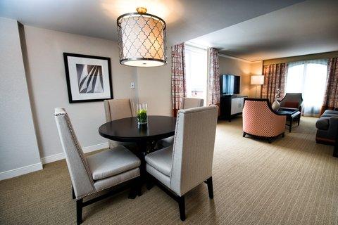 Loews Annapolis Hotel - Admiral Suite Dining Area
