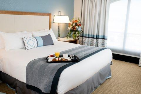 Loews Annapolis Hotel - Deluxe King Guestroom