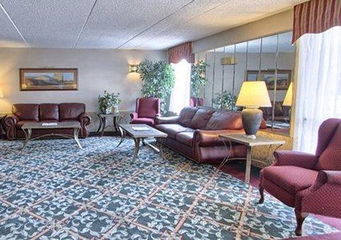 Econo Lodge - Harrisburg, PA