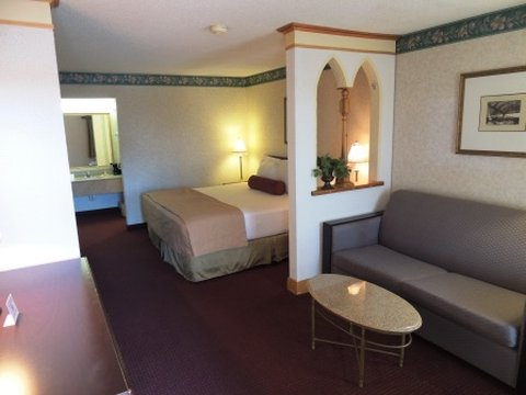GuestHouse Inn And Suites - Gogain King