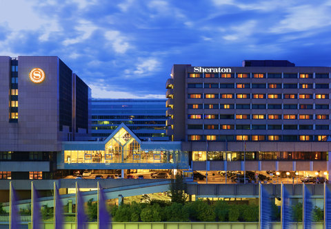 Sheraton Frankfurt Airport Hotel and Conference Center - Exterior