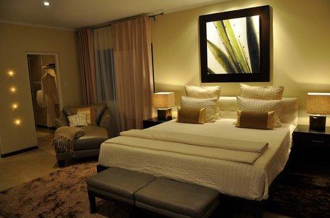 Gold Coast Aruba - Villa Master Bedroom
