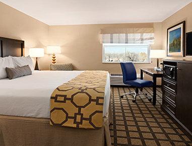 Baymont Inn & Suites San Angelo - One King Bed Room