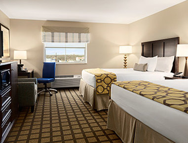 Baymont Inn & Suites San Angelo - Large Two King Bed Room