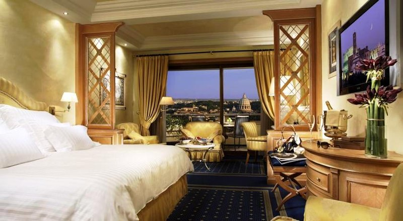 Rome Cavalieri, Waldorf Astoria Hotels & Resorts Вид снаружи