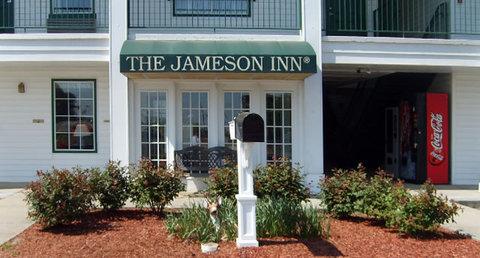 Jameson Inn Oakwood/Gainesville - Exterior view