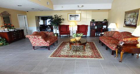 Jameson Inn Oakwood/Gainesville - Lobby view