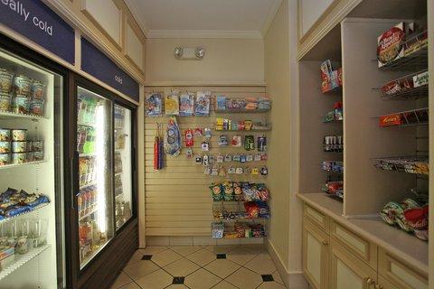 Hilton Garden Inn Chesterton - 24 hour on-site Suite Shop at Hilton Garden Inn Chesterton