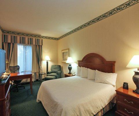 Hilton Garden Inn Chesterton - Spacious King guest room