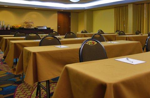 Hampton Inn Dallas-North-I-35E At Walnut Hill - Meeting Area