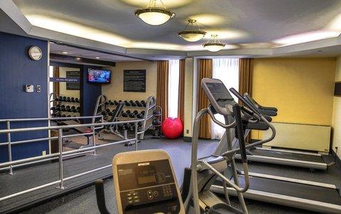 Hampton Inn Dallas-North-I-35E At Walnut Hill - Fitness Center