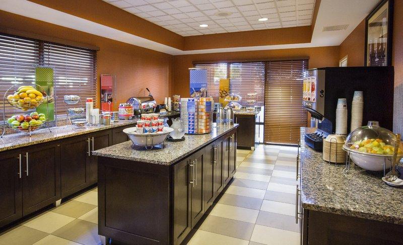 Hampton Inn Metairie Gastronomie