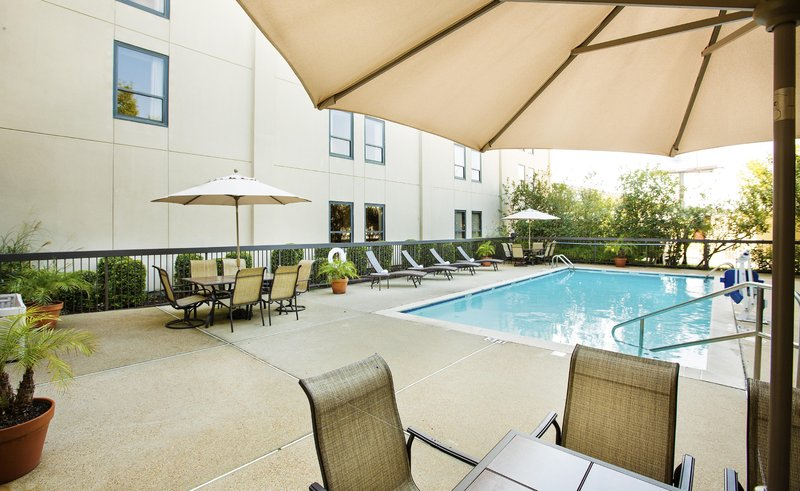Hampton Inn Metairie Poolansicht