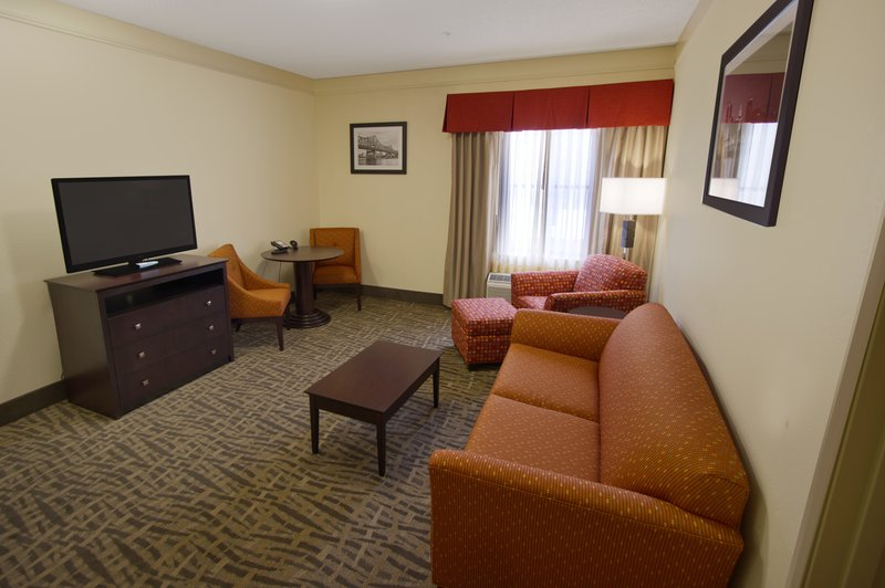 Holiday Inn Express EAST PEORIA - East Peoria, IL