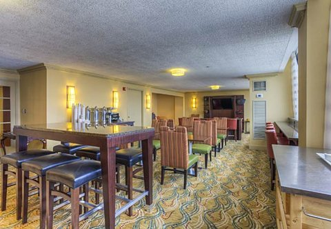 Chattanooga Marriott Downtown - Concierge Lounge
