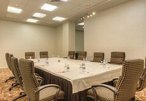 Chattanooga Marriott Downtown - Director s Room