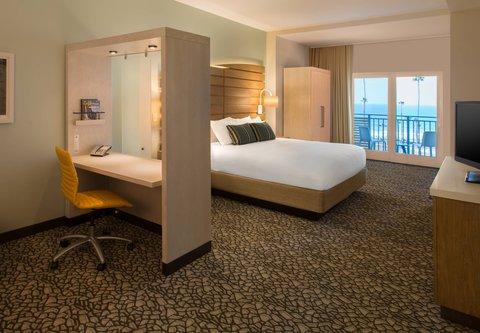 SpringHill Suites San Diego Oceanside/Downtown - King Ocean View Suite