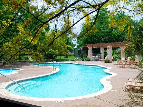 Rustic Creek Ranch Resort - Pool view