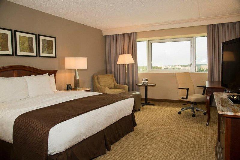 DoubleTree by Hilton Hotel Orlando Airport 客房视图