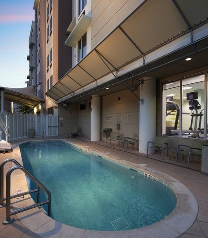SpringHill Suites Miami Arts Health District Hotel - Outdoor Pool