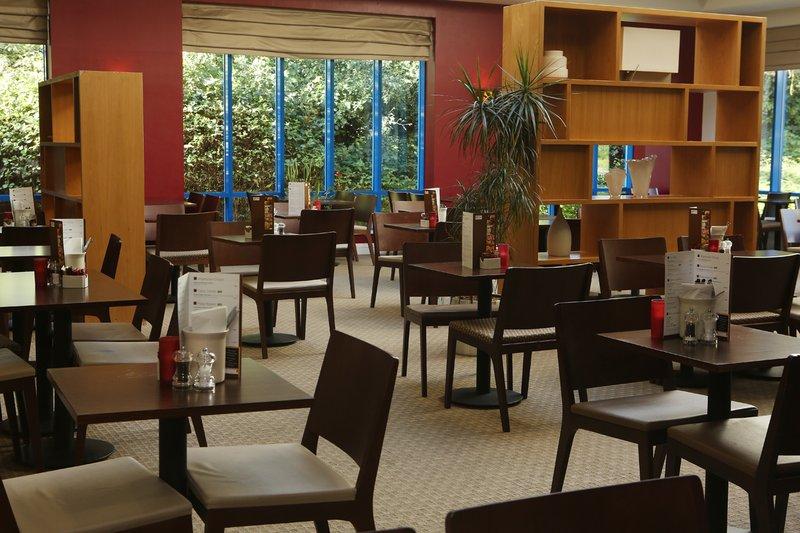 Holiday Inn Express Birmingham N.E.C Gastronomy
