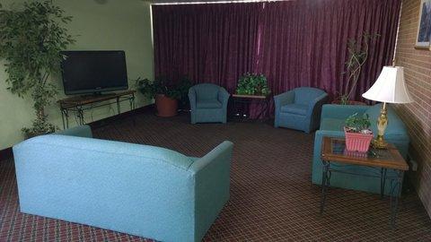 Days Inn Goodland - Lobby