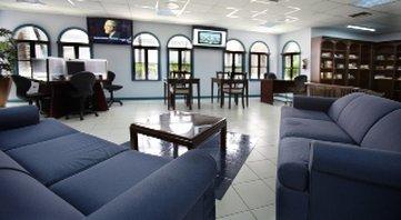 Caribbean Palm Village Resort - Recreation Mediaroomand Library