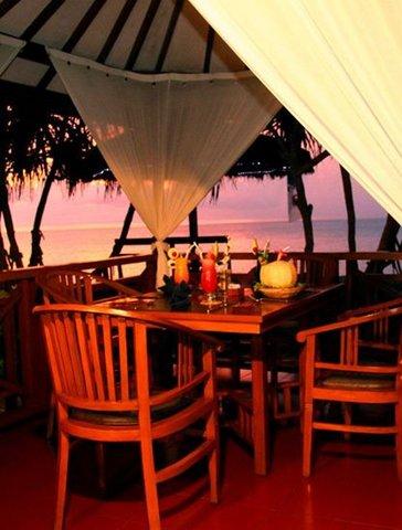 Jayakarta Lombok - Facing The Beach